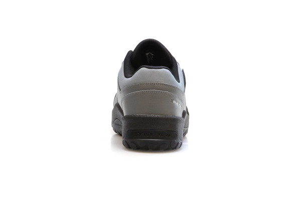 IMPACT LOW flat pedal shoes